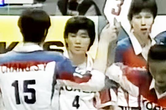 1994년 세계선수권대회에서 한국을 세계 4위로 이끈 장윤희(사진 가운데)
