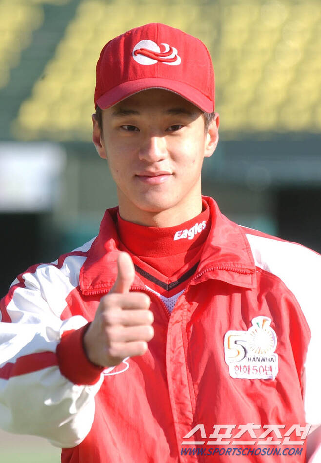 2003년 파릇파릇한 신인 윤규진. 스포츠조선DB