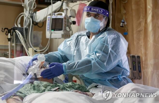 캘리포니아주 샌버너디노 카운티 병원의 중환자실 [AFP/Getty Images=연합뉴스, 재판매 및 DB 금지]