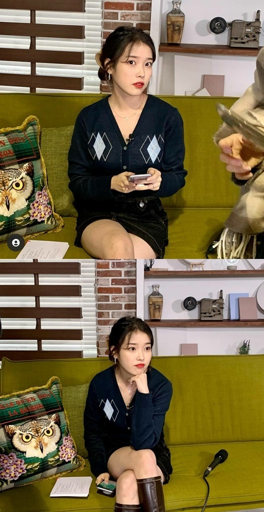 The IU posted daily photos on its social media on Thursday.In the public photos, IU has created a natural yet lovely atmosphere with a mini skirt, knit cardigan, and boots UK styling.On the other hand, the IU recently collected a topic that it was known that it donated 100 million won for Christmas.