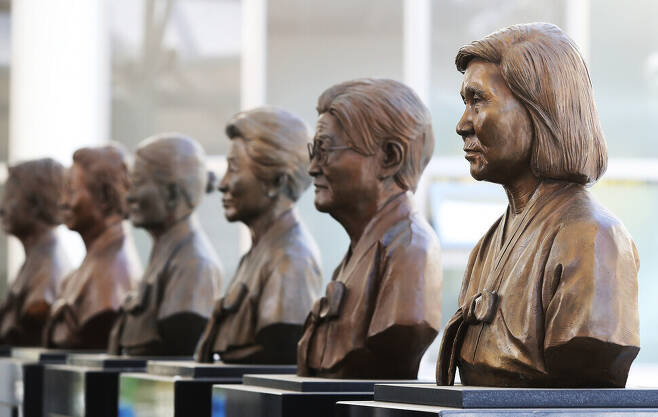 The busts of former comfort women displayed at the House of Sharing in Gwangju, Gyeonggi Province, on Jan. 8. (Yonhap News)