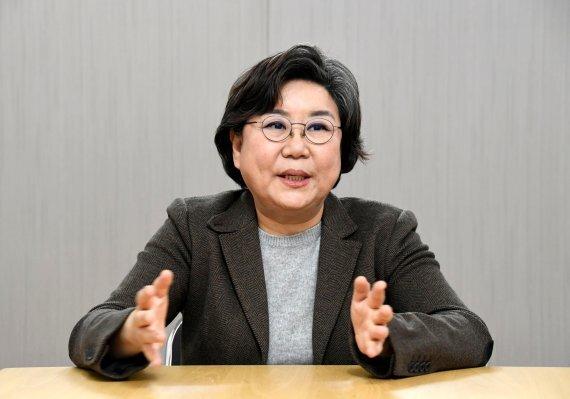 이혜훈 전 국민의힘 의원이 13일 서울 여의도 사무실에서 파이낸셜뉴스와 인터뷰를 통해 주요 현안에 대해 의견을 밝히고 있다. 사진=박범준 기자