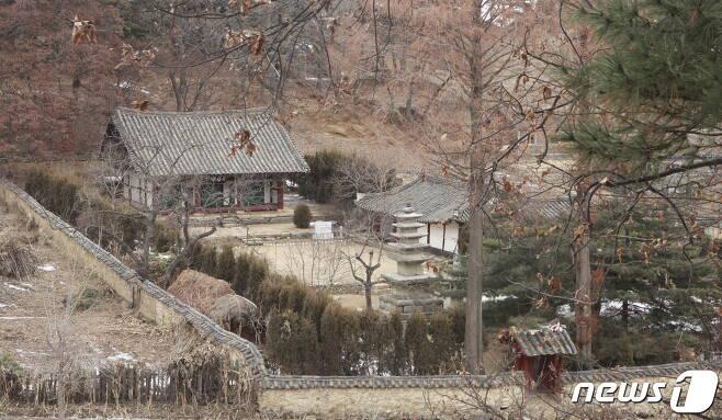 황해남도 신천군에 있는 자혜사 전경. (미디어한국학 제공) 2021.01.23.© 뉴스1