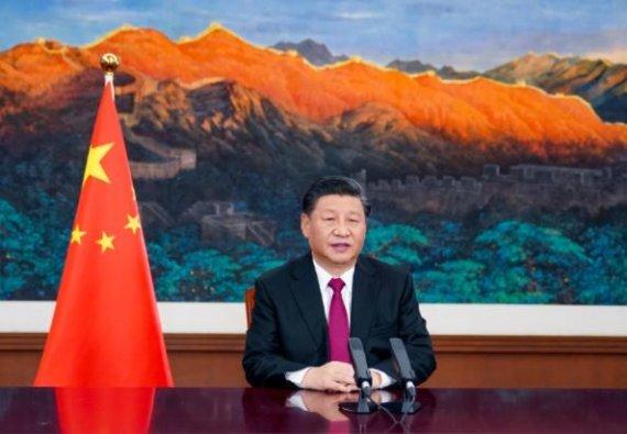 25일 세계경제포럼(다보스 포럼) 사전 아젠다 회의에서 화상 연설하는 시진핑 중국 국가주석. 중국중앙방송(CCTV) 캡쳐.
