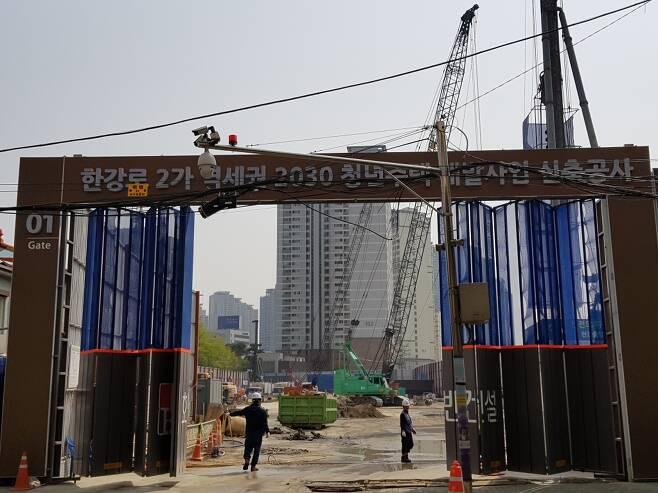 서울 시내 역세권청년주택 건설현장. /사진=유엄식 기자
