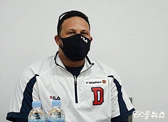 두산 외국인 타자 페르난데스가 시즌 200안타 재도전을 선언했다(사진=엠스플뉴스 김근한 기자)