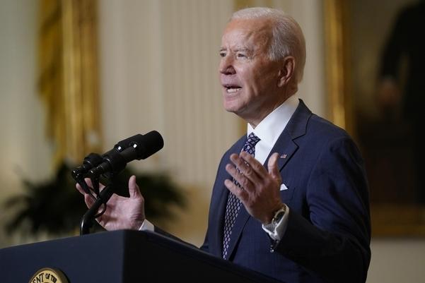 지난 19일(현지시각) 워싱턴DC 백악관 이스트룸에서 뮌헨안보회의를 화상회의로 참석한 조 바이든 미국 대통령. /AP 연합뉴스