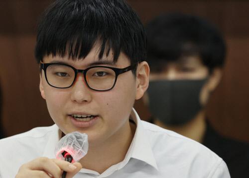 성전환 수술을 받은 뒤 강제 전역 판정을 받은 변희수 전 육군 하사.연합뉴스
