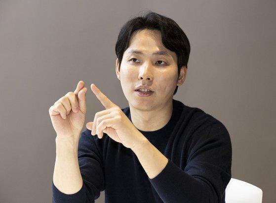 '트래블페이카드'를 출시한 김형우 트래블월렛 대표를 2일 중앙일보 사옥에서 인터뷰했다. 임현동 기자