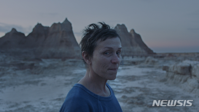 [서울=뉴시스] 영화 '노매드랜드' 스틸. (사진=월트디즈니 코리아 제공) 2021.03.03 photo@newsis.com