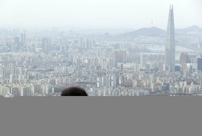 남한산성에서 바라본 서울시내 모습. [연합]