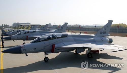 JF-17 전투기 [EPA/SOHAIL SHAHZAD. 연합뉴스 자료사진]