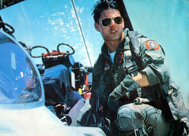 1986년 개봉된 영화 에서 미 해군 소속 파일럿 '매버릭'을 연기한 톰 크루즈. 한국일보 자료사진