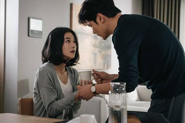 서예지는 13일 오후 서울 용산구 CGV용산아이파크몰에서 열릴 영화 '내일의 기억' 언론배급시사회에 참석할 예정이다. 사진은 오는 21일 개봉을 앞둔 영화 '내일의 기억'의 한 장면. /CJ ENM 제공