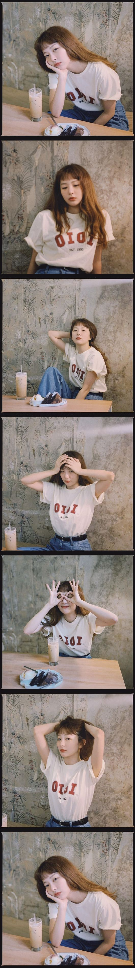 Red Velvet Seulgi has revealed her innocent current status.On the afternoon of the 27th, Red Velvet Seulgi posted several photos with emotico.In the photo, Seulgi matched denim with a white shirt to complete a comfortable look, especially transparent skin and Seven features.Meanwhile, Seulgi recently appeared in the music video of Yunho Yunhos new song Eeny Meeny.The group Red Velvet, which Seulgi belongs to, also released the TVN drama Startup OST Future last October./[Photo] Seulgi InstagramCopyright c Koreas Best Sports Entertainment Professional Media (www. osen.co. kr)