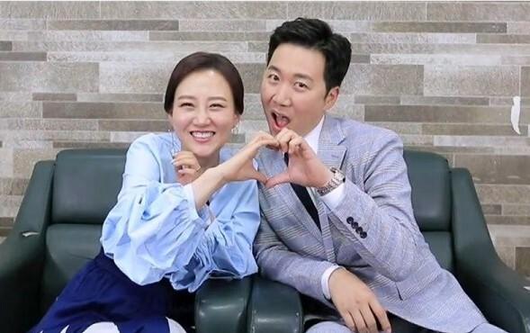 출처: '배틀트립' 부부 특집..장윤정♥도경완 vs 김소현♥손준호 출격