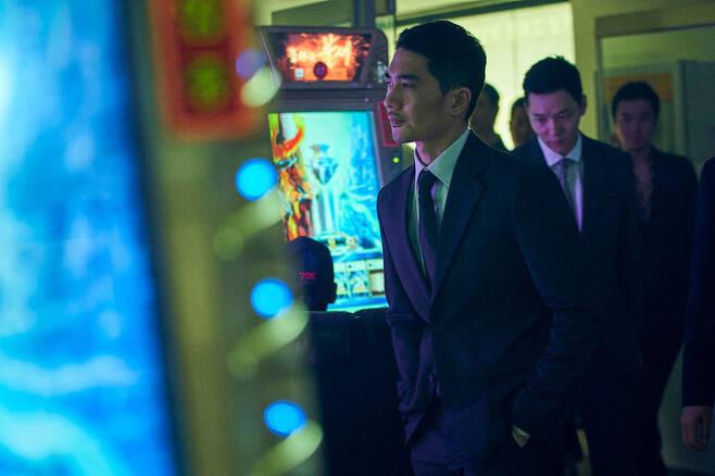 출처: 영화 <낙원의 밤> ⓒ 넷플릭스