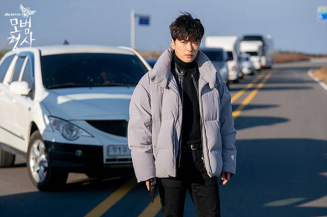 출처: JTBC <모범형사>