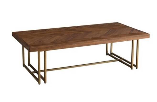 출처: 에몬스 휴고 티 테이블