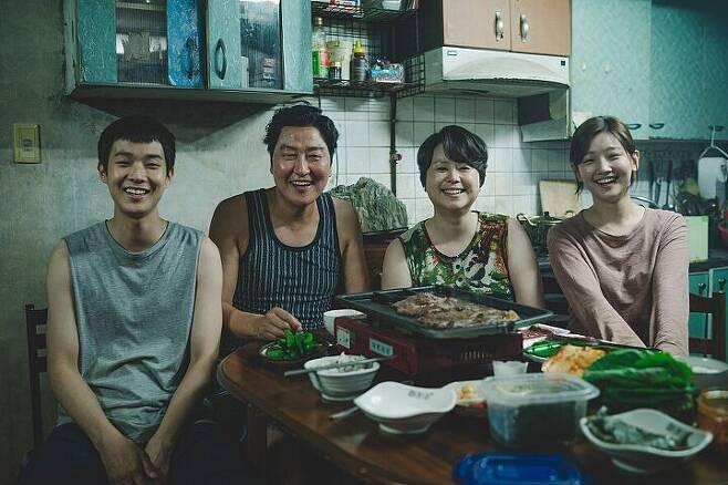 출처: CJ 엔터테인먼트
