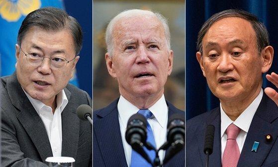 G7 정상회의를 계기로 문재인 대통령과 조 바이든 미국 대통령, 스가 요시히데 일본 총리는 한 자리에 모이게 됐다. 하지만 별도의 한미일 정상회의 일정은 아직 확정되지 않은 상태다. [중앙포토]