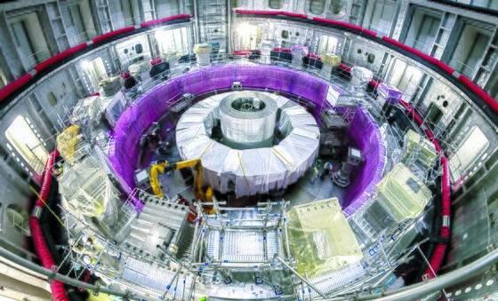 프랑스 남부 카다라슈에서 진행 중인 국제핵융합실험로(ITER) 장치의 조립 현장. 하반기부터 진공용기 등이 들어설 예정이다. [사진 ITER]