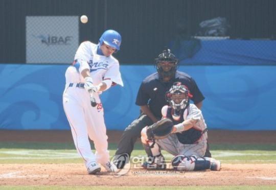 2008년 베이징 올림픽 야구 준결승전에서 8회 이승엽이 역전 2점 홈런을 날리는 순간