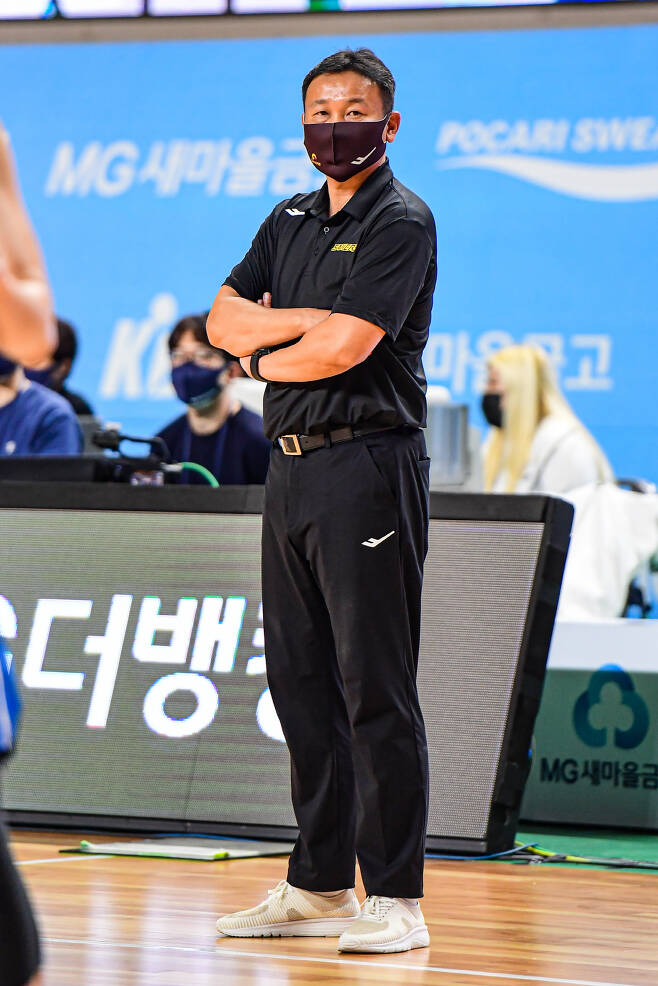 LG 조성원 감독. 사진제공=KBL
