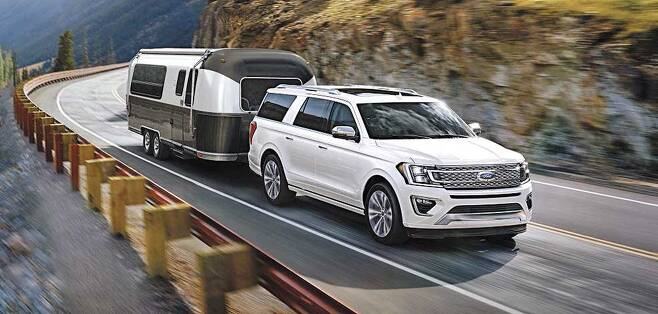 포드의 풀사이즈 SUV '익스페디션'은 넉넉한 실내 공간과 우수한 견인력을 자랑한다. /포드 제공