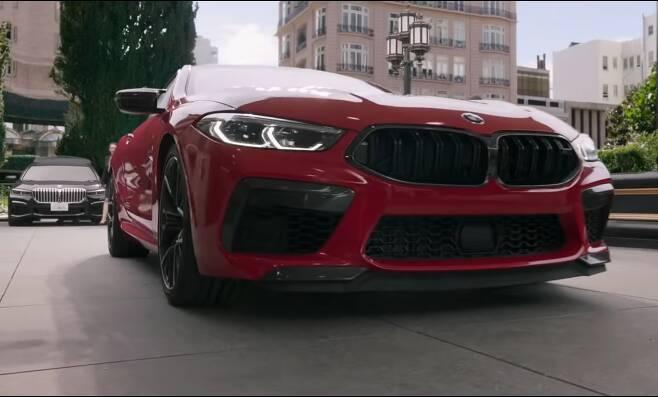 영화 '샹치와 텐링즈의 전설'에 나온 M8 쿠페 컴페티션. /BMW 유튜브 캡처