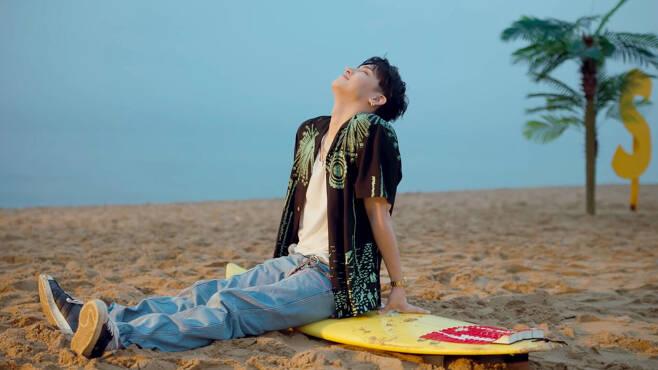 서핑해변 젊은이의 휴식 닐리리야