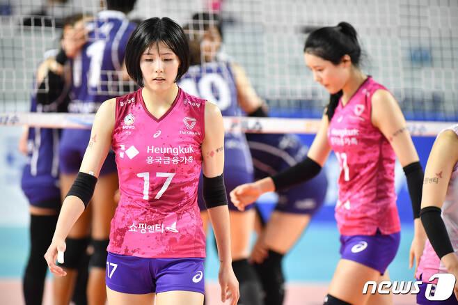 이재영(왼쪽)과 이다영(오른쪽). (한국배구연맹 제공) © 뉴스1