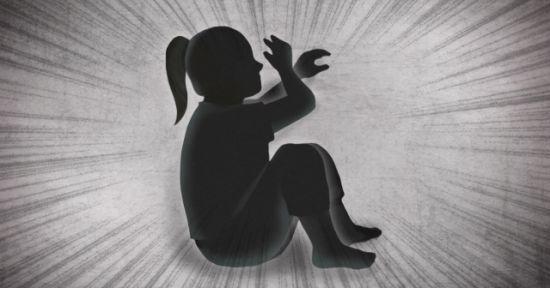 한겨울 영하권 추위에도 자신의 5살 딸을 남편 회사 앞에서 오랜 시간 서 있도록 학대한 20대 여성이 실형을 선고받았다. [이미지출처=연합뉴스]