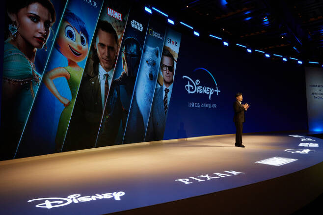 오상호 월트디즈니컴퍼니코리아 대표가 14일 미디어데이 행사에서 오는 11월12일 출시하는 온라인동영상서비스(OTT) '디즈니플러스'의 비즈니스 전략에 대해 설명하고 있다. 디즈니코리아 제공