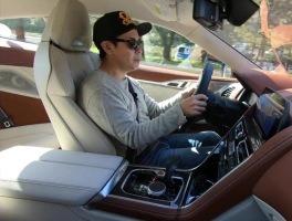 BMW M8 쿠페 주행 리뷰